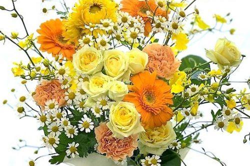 フラワーアレンジ お誕生日お祝い